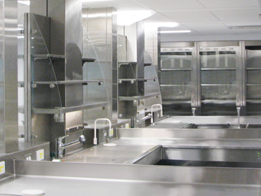 Grossing and Dissection Stations by Diamond Group
